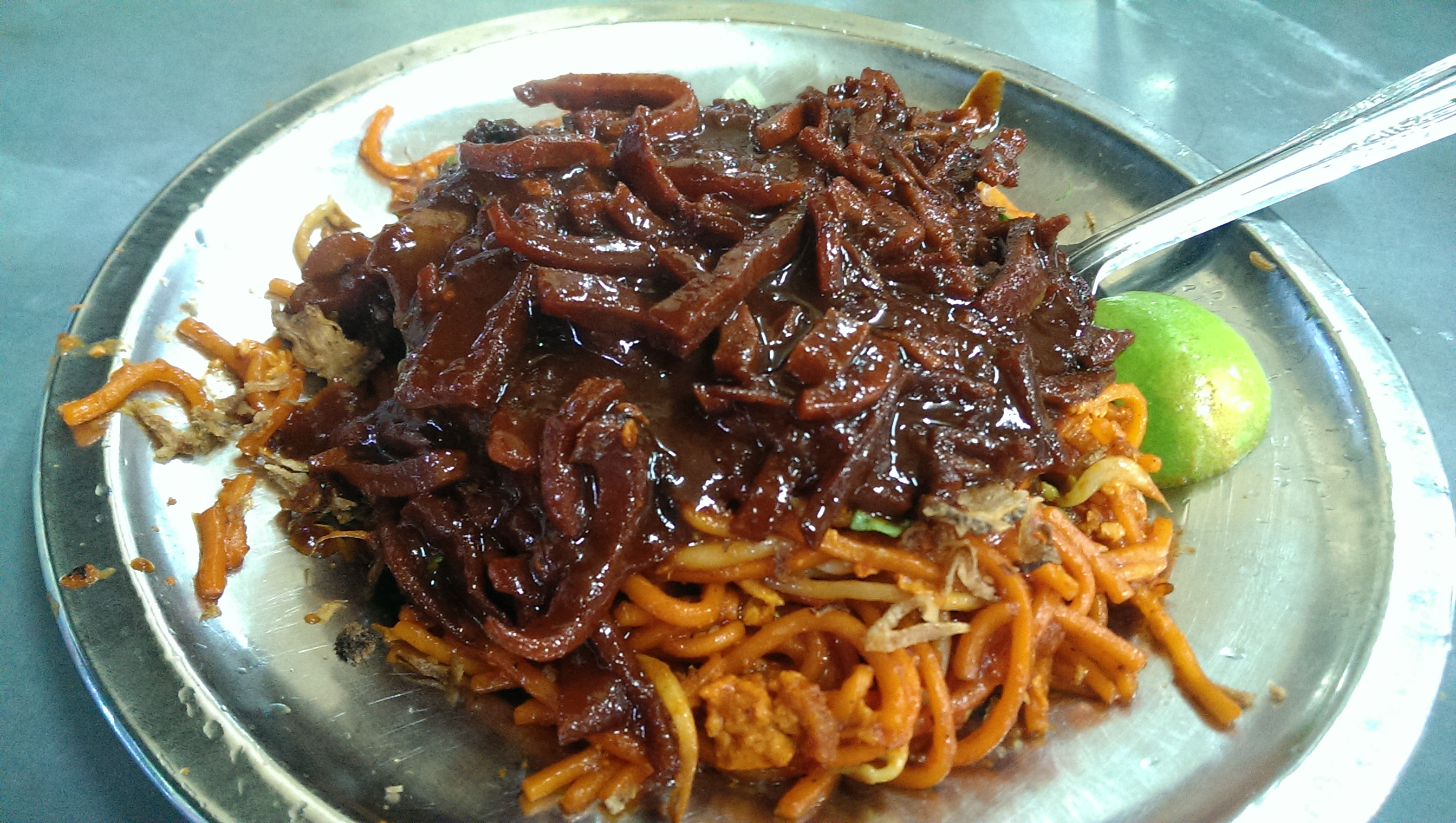 Mee Sotong (Fried Noodle with Octopus)